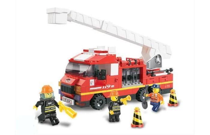 Конструктор Sluban BOX Пожарные спасатели M38-B0221R (270 элементов)BOX Пожарные спасатели M38-B0221R (270 элементов)Конструктор Sluban BOX Пожарные спасатели M38-B0221R (270 элементов). Сборная модель, состоящая из 270 деталей, которая станет не только занимательным развлечением для ребенка, но и окажет помощь в развитии таких необходимых навыков, как усидчивость, терпение и сосредоточенность.  Красочные детали для сборки без особого труда скрепляются между собой, прочно держатся и которые можно собирать и разбирать многократно.   Конструктор познакомит ребенка с определениями цвета и формы, даст начальные представления о конструировании, а также научит понимать различие между не подходит и подходит.<br>