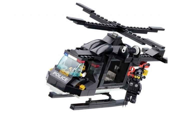 Конструктор Sluban Вертолёт полиции M38-B1800R (219 элементов)Вертолёт полиции M38-B1800R (219 элементов)Конструктор Sluban Вертолёт полиции M38-B1800R (219 элементов). Конструктор - отличная игрушка для детей любого возраста. Он учит быть усидчивым и концентрироваться на достижение цели, развивает пространственное и логическое мышление, дает ребенку возможность анализировать и проявить творческий подход.   Конструктор также помогает осваивать социальные роли, ребенок понимает, что, например, у людей и животных должен быть свой дом.   После того, как конструктор собран ребенок может примерить на себя любую роль в разных тематиках: бытовых, военных, исторических, фантастических.  Состоит из 219 деталей.<br>