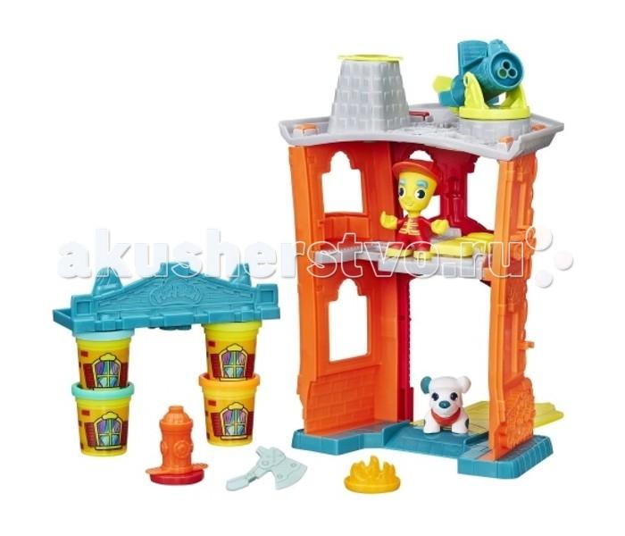 Play-Doh Игровой набор Город Пожарная станцияИгровой набор Город Пожарная станцияИгровой набор Play-Doh Город Пожарная станция – это самый большой набор линейки «Город». В его комплектацию входит большое двухэтажное здание с гаражом на первом этаже, комнатой отдыха на втором и водометом на крыше, фигурка пожарного, фигурка сторожевого пса, пожарный гидрант, топор, огонь, а также крыша для постройки, которая будет гореть по сюжету игрового набора.   Все остальные элементы Вы можете вылепить сами из пластилина, который также входит в комплект набора.   Баночки с изображением окон Вы можете использовать в качестве стен горящего здания.<br>