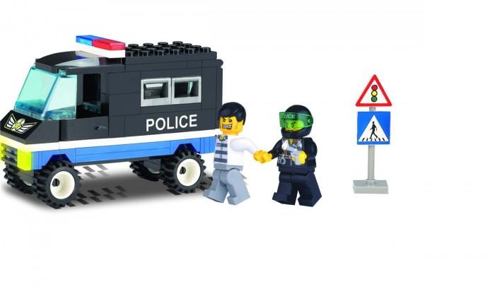 Конструктор Enlighten Brick Police Truck 126 (60 элементов)Police Truck 126 (60 элементов)Конструктор Enlighten Brick Police Truck 126 (60 элементов). Дети любят все делать самостоятельно, так они познают мир, поэтому играть игрушкой, которую они собрали своими руками, особенно приятно. Яркие элементы придутся по вкусу вашему ребенку.   В наборе 60 деталей.  Конструкторы Brick (Брик), произведенные шанхайской компанией Enlighten, не уступают по качеству Lego и Mega Bloks Детали изготовлены из высококачественной пластмассы, надежно скрепляются между собой и не разваливаются сами по себе, но при необходимости разбираются без особого труда.<br>