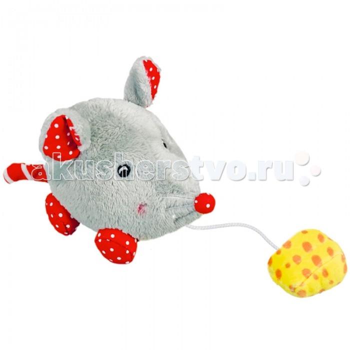 Мягкая игрушка Spiegelburg Мышка Baby GluckМышка Baby GluckSpiegelburg Мышка Baby Gluck.  Мышка Baby Gluck от немецкой компании Spiegelburg. Очень интересная игрушка в виде мышки сразу придется по душе вашему малышу. Игрушка сделана из мягких гипоаллергенных материалов, абсолютно безопасных для детишек. Мышку очень приятно держать в руках. У нее смешные ушки, длинные носик и хвостик.  У мышки есть кусочек сыра, который привязан к веревочке. Если сыр потянуть на себя и отпустить, мышка весело побежит за ним, чтобы скушать. Эта игра сразу развеселит ребенка. Играя с мышкой и сыром, ребенок будет развивать логическое мышление и мелкую моторику рук, наблюдательность и воображение.  Вашему ребенку обязательно понравится такой подарок, как Мышка Baby Gluck от немецкой компании Spiegelburg.<br>