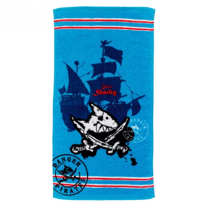Spiegelburg Полотенце для рук Captn SharkyПолотенце для рук Captn SharkySpiegelburg Полотенце для рук Captn Sharky.  Полотенце для рук Captn Sharky отлично подойдет юным любителям пиратов и морских приключений для использования дома или в школе.  Выполненное в ярко-голубом цвете с фирменным изображением серии Капитан Шарки на фоне морского корабля оно обязательно понравится всем любителям моря. Полотенце сделано на 100% из качественного хлопка, благодаря чему очень мягкое, приятное на ощупь и отлично впитывает воду!<br>