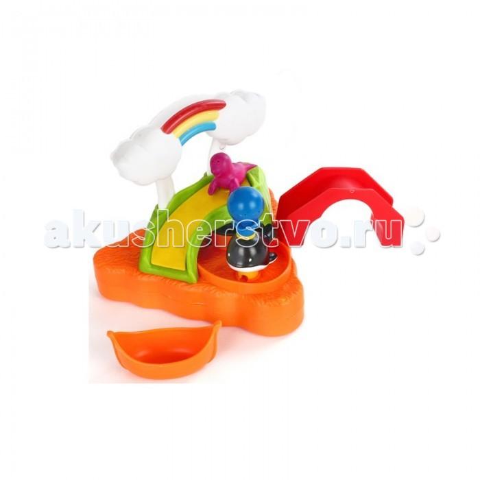 Жирафики Игрушка для ванной Летнее купаниеИгрушка для ванной Летнее купаниеЖирафики Игрушка для ванной Летнее купание представляет собой прекрасный набор с горкой, лодочкой и фигуркой морского котика.   Особенности: Эта игрушка может плавать на водной поверхности.  Если сверху налить воды, то бордовый котик скатится по горке вниз прямо в оранжевую лодку.  При нажатии на синий шарик, расположенный на голове кита, брызнет струйка воды.  Лодка с котиком может проплывать под мостом красного цвета. Ребенок с удовольствием будет купаться с такой игрушкой, весело резвиться и приятно проводить время.  Игрушки изготовлены из пластика ярких расцветок.<br>