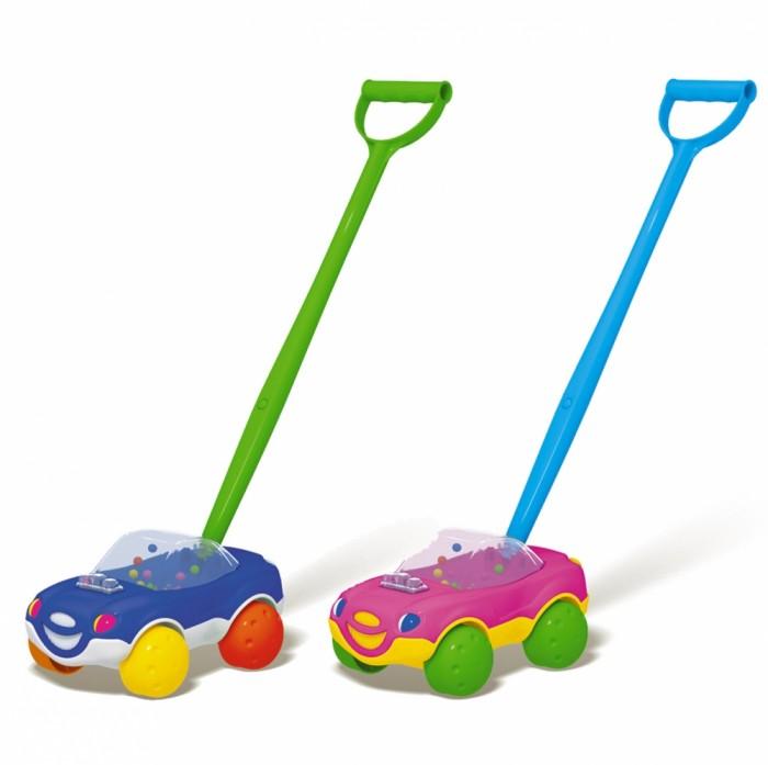 Каталка-игрушка Стеллар МашинкаМашинкаЭта каталка с ручкой будет верной спутницей малыша с первого года его жизни. Заинтересованный яркой машинкой с колесиками, ребенок сможет развивать навыки ползания, стремясь к машинке.   Когда он станет постарше, то сможет ходить, опираясь на удобную для детских пальчиков ручку и толкая игрушку перед собой. Разноцветная машинка с улыбающимся личиком и колесами-мячиками привлечет внимание малыша.   Во время движения разноцветные шарики, находящиеся в прозрачной кабине автомобильчика, начинают крутиться.  Цвета в ассортименте.<br>