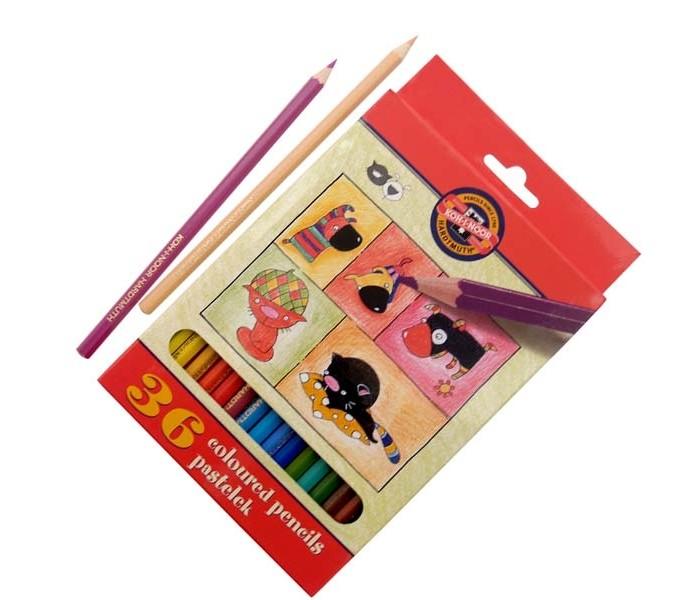 Koh-i-Noor Набор цветных карандашей Кошки+собаки 36 цветовНабор цветных карандашей Кошки+собаки 36 цветовKoh-i-Noor Набор цветных карандашей Кошки+собаки 36 цветов  Цветные карандаши Кошки+собаки непременно, понравятся вашему юному художнику.  Набор включает в себя 36 ярких насыщенных цветных карандашей, которые идеально подходят для малышей.  Шестигранный корпус изготовлен из натуральной древесины.  Карандаши имеют прочный неломающийся грифель, не требующий сильного нажатия и легко затачиваются.  Порадуйте своего ребенка таким восхитительным подарком!<br>