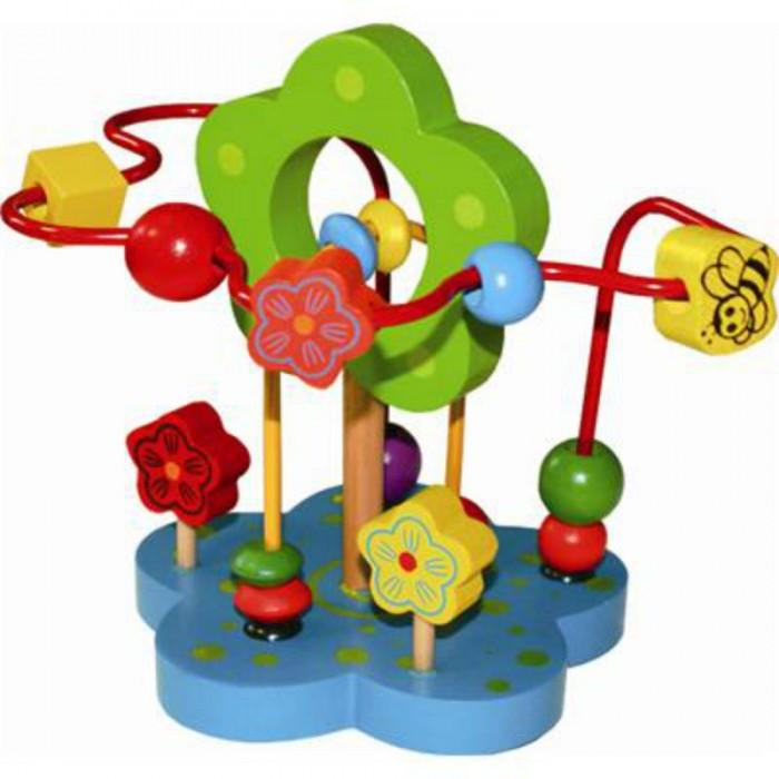 Деревянная игрушка QiQu Wooden Toy Factory Лабиринт ЦветочекЛабиринт ЦветочекЛабиринт Цветочек  Лабиринт — отличная игрушка для развития мелкой моторики. Кроме того, игра в Лабиринт развивает пространственное мышление. На основании Лабиринта прикреплены 2 цветные проволоки, изогнутые в разных плоскостях и цветок с отверстием, через которое проходит одна из проволок. Проволоки статичны, сгибать их нельзя. По каждой проволоке можно перемещать деревянные фигурки. Фигурки разного цвета и формы. Во время игры не забывайте называть малышу цвета дорожек и фигурок. Считайте, сколько фигурок переместили.  Логика научит ребенка самостоятельно думать, рассуждать, делать выводы, анализировать. Освоив эту науку, Ваш ребенок будет учиться легко и с удовольствием.  Размер: 18x16.5x16.5 см<br>