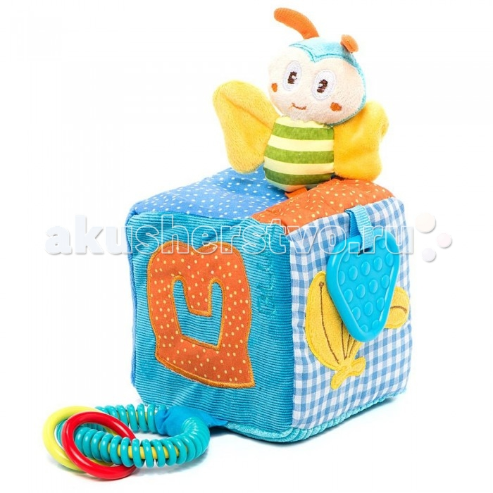 Развивающая игрушка Жирафики Кубик с игрушкамиКубик с игрушкамиРазвивающая игрушка Жирафики Кубик с игрушками представляет собой мягкую игрушку из комбинированных материалов текстиля различных фактур.   Особенности: На кубике много разных прикрепленных предметов: петельки, мячики, кольца, погремушки и пищалки.  Также яркие, красочные цвета сочетаются между собой, оказывая влияние на цветовосприятие.  Игрушка развивает мелкую моторику и концентрацию внимания, также данный кубик не даст маленькому ребенку скучать.  Размер игрушки: 11 х 11 х 11 см.<br>