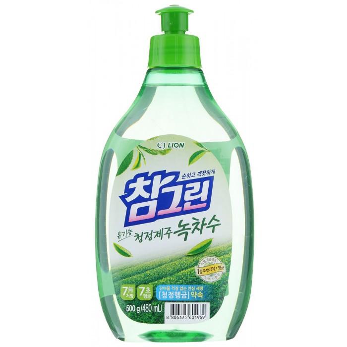 CJ Lion Средство для мытья посуды Chamgreen С ароматом зеленого чая флакон 480 млСредство для мытья посуды Chamgreen С ароматом зеленого чая флакон 480 млCJ Lion Средство для мытья посуды Chamgreen С ароматом зеленого чая флакон 480 мл  Экологическое моющее средство премиум-класса для мытья посуды, фруктов, овощей. Концентрированная формула обеспечивает экономичность использования и превосходный моющий эффект. Растительные экстракты и добавки для защиты кожи сохраняют красоту ваших рук и безопасны даже для чувствительной кожи. Благодаря уникальной технологии «Антисептик 99,9%» средство обладает мощной антибактериальной формулой.   Средство 100% биоразлагаемое! Безопасное для здоровья человека, и окружающей среды!   Состав: алкилэфирсульфат, оксид алкиламина, альфа олефин сульфонат натрия, полиэтиленгликоль, лимонная кислота, бензоат натрия, ароматизатор, этанол, вода.   Меры предосторожности: При попадании на слизистую оболочку глаз - обильно промыть водой. Хранить при комнатной температуре в недоступном для детей месте, вдали от прямых солнечных лучей и нагревательных приборов.<br>