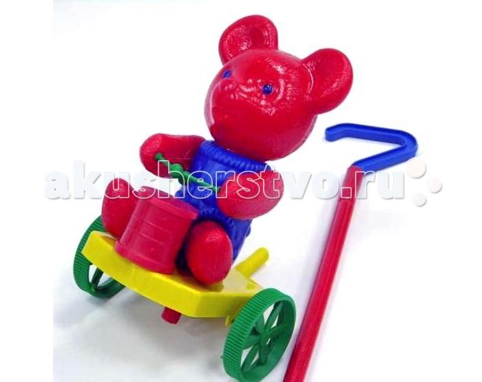 Каталка-игрушка Wieslaw Suchanek Мишка с барабаномМишка с барабаномКаталка Мишка с барабаном  Игрушка-каталка с ручкой для детей 1-3 лет. Развивает наглядно-действенное мышление, координацию движений, стимулирует двигательную активность.   Для малышей, начинающих ходить, каталка - незаменимый помощник в этом нелегком деле. Приведенная в движение каталка-бабочка машет крыльями.  Предназначение: для игровых целей на открытом воздухе и в помещении. Изготовлено из высококачественной пластмассы.<br>