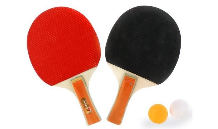 X-Match Набор для настольного тенниса в чехлеНабор для настольного тенниса в чехлеX-Match Набор для настольного тенниса в чехле поможет вам провести время с пользой и удовольствием.   В набор входят две ракетки классической формы с удобной и деревянной ручкой. Ракетки имеют двухслойную резину типа сэндвич с пупырышками внутри, что позволяет шарикам легко и упруго отскакивать от резиновой поверхности.   Для удобного хранения предусмотрен специальный чехол на молнии.<br>