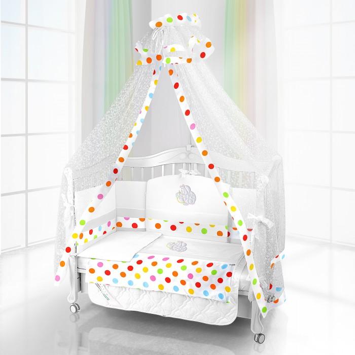 Комплект в кроватку Beatrice Bambini Unico Mela 125х65 (6 предметов)Unico Mela 125х65 (6 предметов)Комплект Beatrice Bambini Unico Mela (125х65) - очень стильный и красивый комплект детского постельного белья для самых маленьких. Его нежные ткани и дизайн окружат малыша уютом и подарят яркие сновидения. Его мягкая структура тканей и удивительно нежный дизайн придутся по вкусу вам и вашему малышу.  Данный комплект идеально подходит для кроваток с габаритными размерами 125х65 см.  Все материалы, которые использовал итальянский производитель, проходили обязательную проверку по следующим параметрам:  соответствие экологическим и санитарным нормам отсутствие каких-либо аллергенов высокое качество и максимальная натуральность  В состав комплекта вошли такие постельные принадлежности как: подушечка правильной ортопедической формы одеяло с инновационным наполнителем, который будет поддерживать оптимальный температурный баланс у крохи наволочка и пододеяльник простынка с резиночками для фиксации съемные бортики, которые уберегут кроху от травматизма<br>