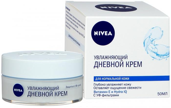 Nivea Увлажняющий дневной крем Aqua Effect для нормальной кожи 50 млУвлажняющий дневной крем Aqua Effect для нормальной кожи 50 млУвлажняющий дневной крем от Nivea разработан специально для нормальной и комбинированной кожи. Обеспечивает глубокое увлажнение и освежает кожу. Формула, обогащенная витамином Е прекрасно защищает кожу от воздействия внешней среды.  Активные компоненты: витамин E технология Hydra-IQ  Действие интенсивно увлажняет и надолго освежает кожу быстро впитывается и поддерживает природный баланс увлажнённости нормальной и комбинированной кожи защищает кожу от вредного солнечного воздействия при помощи УФ-фильтров  Результат После использования Увлажняющего дневного крема кожа становится гладкой и бархатистой, сохраняет свою естественную свежесть и красоту.  Nivea является одной из ведущих мировых компаний в области средств по уходу за кожей. Nivea заботится о потребителях, предлагая им совершенные и инновационные продукты. В исследовательском центре компании работает более 150 специалистов в области дерматологии и косметологии, фармакологии и химии. Косметическая продукция совершенствуется благодаря регулярным лабораторным исследованиям и многочисленным тестам.<br>