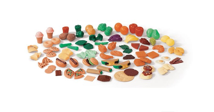 Step 2 Игрушечные продукты питанияИгрушечные продукты питанияПомощник мастерская.  Это огромный набор продуктов, все, что нужно для праздничного ужина или домашнего воскресного обеда для всей семьи.   В комплект входит 101 предмет: овощи, фрукты, бакалея, крупы, мясные деликатесы, сладости, консервация.   Дети будут просто в полном восторге от такого разнообразия.<br>