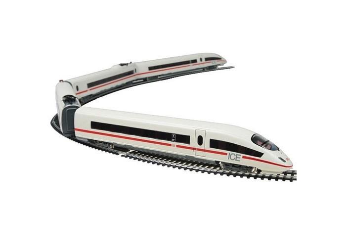 Mehano Ice 3 с ландшафтом (Сапсан)Ice 3 с ландшафтом (Сапсан)Железная дорога «MEHANO» Сапсан ICE3 окружена интересным и разнообразным ландшафтом. Фрагменты ландшафта, построек, железнодорожного полотна, вагонов и локомотива имеют крайне высокую степень детализации, что делает игру еще более увлекательной.   На пути скоростного поезда встречаются низенькие загородные домики и взмывающее в небо бизнес-центры, живописные озера и пригорки, автодороги и зеленые лужайки, капитальные тоннели, проложенные сквозь горы и возвышенности.   Все эти объекты придают игре неповторимое ощущение реальности. Рельсы металлические, колеса паровозов из металла, Очень качественная игрушка.    Характеристики железной дороги «MEHANO» Сапсан ICE3 :  • масштаб 1:87;  • работает от электрической сети через адаптер – 220 вольт;  • размер ландшафта в сборе: 155 х 100 см; • размер овала железнодорожного полотна: 130 х 95,5 см;  • ширина колеи: 16,5 мм; • размер упаковки: 79 x 55 x 9 см;  • все элементы комплекта совместимы с другими сборными моделями железной дороги «MEHANO», так что юный машинист сможет прокладывать различные маршруты, строить новые станции и придумывать неповторимый, свой собственный уникальный ландшафт.   В комплекте:  • 1 ведущий и 1 ведомый локомотив, 1 вагон первого и 1 второго класса;  • 5 метров железнодорожного полотна: 17 радиальных рельс, 2 прямых, 2 стрелки;  • современный ландшафтный комплекс, в т.ч. здания, дороги и различные постройки;  • сетевой адаптер; • пульт управления электропоездом;  • подробная инструкциями по сборке и управлению (с иллюстрациями).<br>