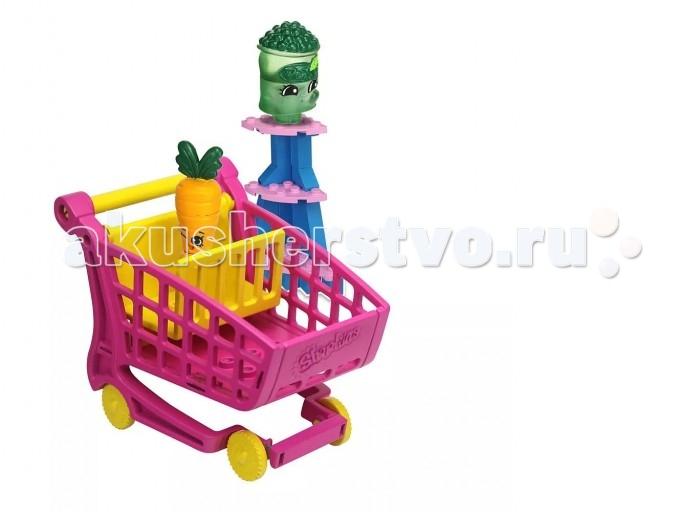 Конструктор Shopkins Магазин Freezy Peazy и Дикая Морковь 37 деталейМагазин Freezy Peazy и Дикая Морковь 37 деталейShopkins Конструктор Магазин Freezy Peazy и Дикая Морковь выпущен по мотивам любимого мультсериала о приключениях продуктов в супермаркете Шопвиля. Главная особенность конструктора: все элементы набора стыкуются с деталями Lego.  В комплекте: два персонажа: Freezy Peazy из отдела Замороженные продукты (герой 1 сезона Шопкинс) и Дикая Морковь из отдела Овощи и фрукты (была выпущена в 3 сезоне Shopkins). Каждая фигурка собирается из трех частей.  детали для сборки тележки для покупок стикеры для украшения магазинчика<br>