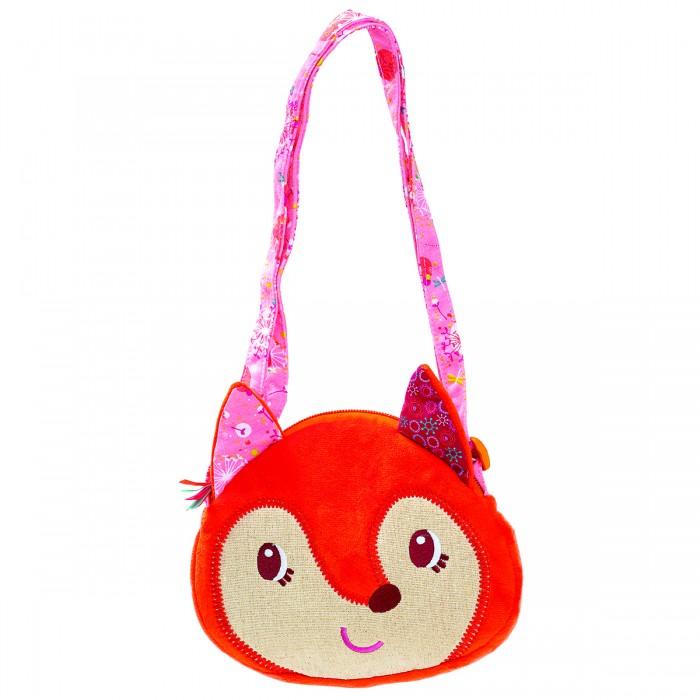 Lilliputiens Лиса Алиса мягкая сумочка через плечоЛиса Алиса мягкая сумочка через плечоЛиса Алиса мягкая сумочка через плечо  Пора на прогулку! Лиса Алиса пойдет с тобой.   Она превратилась в очаровательную сумочку, так что без труда поможет тебе собрать и сохранить все самое нужное, не отходя от тебя ни на шаг!  Размеры:  20 x 20 x 2,5 см<br>