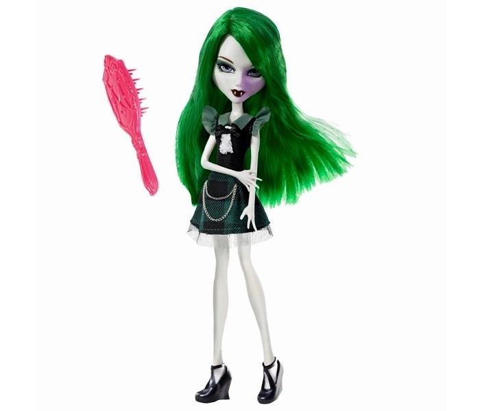 Mystixx Кукла Vampires Калани с одеждойКукла Vampires Калани с одеждойКукла мистикс вампир Калани с одеждой  Калани - застенчивая девочка-вампир, что уже само по себе звучит оригинально, являющаяся дочкой профессора. Девочка находилась на домашнем обучении, поэтому она опасается незнакомцев и любит тихие места.  Куклы Mystixx - создания крайне таинственные. Их отличительная черта - это два противоположных облика. Первый кукла принимает днем, он отличается жизнерадостностью и яркостью. Ночью же кукла принимает мрачный и пугающий вид. Для смены облика достаточно повернуть голову.   Калани очень умна и находилась на домашнем обучении вплоть до средней школы. При этом она крайне застенчива, особенно в окружении малознакомых. По этой причине Калани чувствует себя наиболее комфортно в тихих местах. Родители девушки являются профессорами, чем и обусловлена ее одаренность. Кукла Mystixx Вампиры.   Калани (Kalani) с одеждой одета в блестящую юбку, воздушную кофточку, накидку и сетчатые колготки, на ногах - длинные сапоги. В комплект входят два парика, расческа, очки, длинные сапоги и комплект одежды День и ночь, включающий юбочку и футболку. Руки, ноги и голова куколки подвижны.<br>