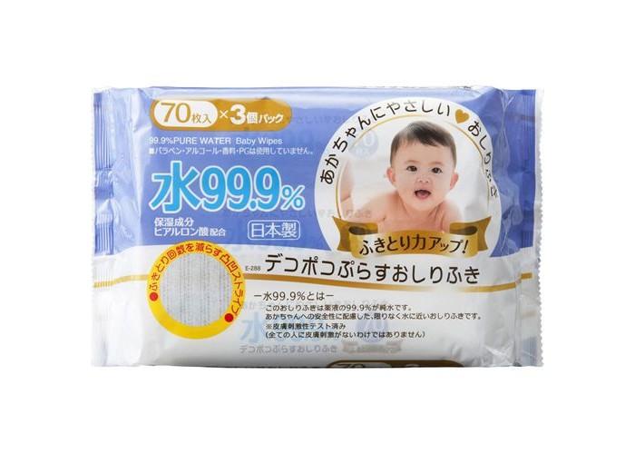 iPlus Детские влажные салфетки 99,9% воды с гиалуроновой кислотой рифленые мягкая упаковка 70 шт.Детские влажные салфетки 99,9% воды с гиалуроновой кислотой рифленые мягкая упаковка 70 шт.Детские влажные салфетки 99,9% воды с гиалуроновой кислотой рифленые мягкая упаковка 70 штук идеально подходят для кожи вашего малыша. Созданы специально для использования в местах, где нет доступа к воде, так как пропитка на 99,9% состоит из деионизированной воды (очищенная вода, не содержащая ионов примесей).   Специальная основа салфеток помогает удалять грязь с кожи вашего малыша нежно и аккуратно, не царапая и не натирая ее, не вызывая раздражения, тщательно очищают кожу, не оставляя следов. Гиалуроновая кислота в составе салфеток дополнительно увлажняет кожу ребенка.   Экологически чистые, не содержат парабенов, красителей, спирта, не вызывают аллергию.<br>