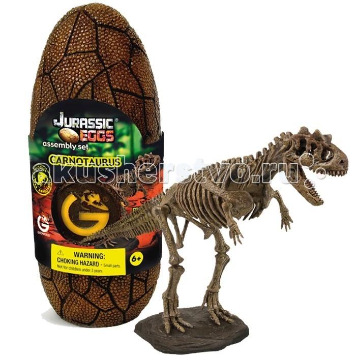 Конструктор Geoworld Сборная модель динозавра в яйце Jurassic eggs - Карнотавр 14 деталейСборная модель динозавра в яйце Jurassic eggs - Карнотавр 14 деталейКарнотавр — это один из древнейших ящеров, населяющих нашу планету в незапамятные времена. Он относится к хищникам мелового периода. Название этого динозавра переводится как «плотоядный бык». К быку отсылают два роговых выроста на его черепе. Благодаря этому набору ребенок сможет своими руками собрать скелет карнотавра, который по качеству приравнивается к музейной копии. Высококачественные пластиковые детали для сборки скелета динозавра спрятаны в большое яйцо, стилизованное под яйцо динозавра. Скелет оснащен подставкой, так что он может стать потом оригинальным сувениром, украшением вашего дома.  Основные характеристики:  Размер коробки: 7.5 х 19.5 х 7 см Длина собранной модели: 30 см Количество деталей: 14 шт.<br>