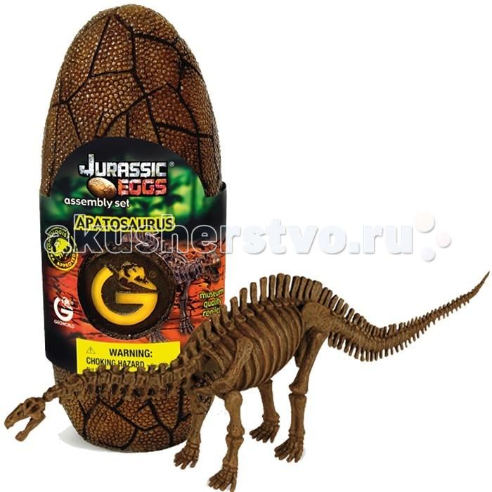 Конструктор Geoworld Сборная модель динозавра в яйце Jurassic eggs - Апатозавр 14 деталейСборная модель динозавра в яйце Jurassic eggs - Апатозавр 14 деталейАпатозавр — длинношеий вымерший ящер, относящийся к крупнейшим из ныне известных. Устаревшее и популярное название этого динозавра — Бронтозавр. Несмотря на огромный размер и мощное строение тела, динозавр обладал относительно маленькой головой. Его мозг весил всего 400 грамм, тогда как общий вес ящера достигал 20-30 тонн. Качественную модель с музейной степенью достоверности ребенок сможет собрать своими руками. Детали для сборки заключены в стилизованное яйцо. Компанией Geoworld управляет настоящей доктор палеонтологии, который лично контролирует достоверность выпускаемых моделей.    Основные характеристики:  Размер коробки: 7.5 х 19.5 х 7 см Длина собранной модели: 40 см Количество деталей: 14 шт<br>