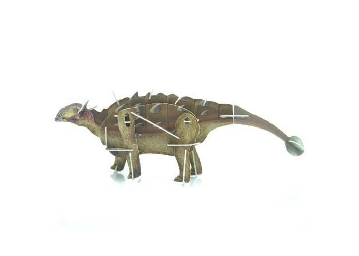 Конструктор UF Заводной 3D-пазл АнкилозаврЗаводной 3D-пазл АнкилозаврЗаводную фигурку анкилозавра ребенок сможет собрать своими руками. Это объемный пазл, который складывается из вырезанных лазером пластиковых деталей, причем, сборка производится без клея. Центральную часть фигурки собирает специальный заводной механизм, который спрятан внутри небольшой пластиковой коробочки. Когда пазл собирается, ручка завода остается наружи. Нужно лишь завести игрушку, и динозавр пойдет, передвигая лапами!  Комплект:   Детали для сборки;  Заводной механизм;  Основные характеристики:  Размер упаковки: 13.5 x 12.5 x 2 см Вес: 50 г<br>