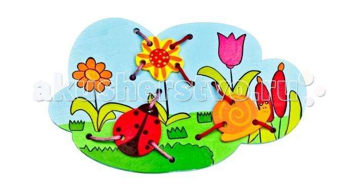 Деревянная игрушка Mapacha Шнуровка Божья коровкаШнуровка Божья коровкаДеревянная игрушка Mapacha Шнуровка Божья коровка представляет собой занимательную игрушку, которая состоит из основной фигуры и фигурных деталей игры.  Особенности:  Это очень занимательное и увлекательное занятие для ребенка, оно очень полезно для его развития, логики, цветовосприятия и памяти.  Дети любят привязывать, развязывать шнурки и всякого рода веревочки, поэтому данная игрушка очень понравится ребенку и увлечет его.<br>