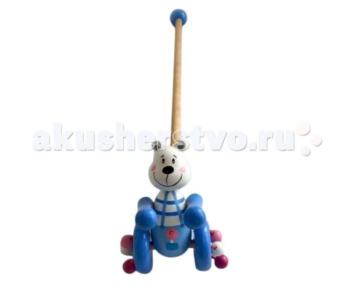 Каталка-игрушка Mapacha Мишаня разобраннаяМишаня разобраннаяКаталка-игрушка Mapacha Мишаня разобранная обязательно понравится малышу!   Особенности: Она привлечет внимание своей яркой расцветкой и забавной игрушкой в виде пчелки.  К колесикам каталки приделаны разноцветные деревянные шарики, которые гремят во время движения.  Ручку-держатель можно открутить и играть только с игрушкой на колесиках.  В целях безопасности ручка снабжена круглым набалдашником. Игрушка-каталка способствуют физическому развитию малыша - помогает сделать первые шаги и освоить навыки ходьбы.  Развивает координацию движений и способность ориентироваться в пространстве. Игрушка изготовлена из натурального дерева.<br>