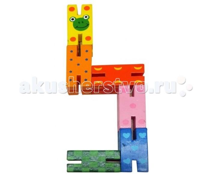Деревянная игрушка Mapacha Логическая игрушка ЗмейкаЛогическая игрушка ЗмейкаДеревянная игрушка Mapacha Логическая игрушка Змейка представляет собой симпатичную головоломку, состоящую из соединенных сегментов.  Особенности: Двигая деталями, нужно собрать змейку в различные фигуры.  Это занимательное занятие тренирует логику, пространственное и абстрактное мышление, вырабатывает усидчивость.  Игрушка изготовлена из натурального дерева и покрашена экологическими красками, безопасными для здоровья.  Размер сегмента: 4 см<br>