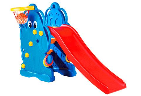 Горка Edu-Play ЩенокЩенокГорка Edu-Play Щенок в комплекте с баскетбольной корзиной и мячом, предназначена для игр на улице и в помещении. Дизайн горки разработан для постоянного движения, что способствует развитию координации и различных групп мышц ребенка. Подходит для игр одного или нескольких детей.  Детская горка очень подойдет для дачи. Изготовлена из прочного экологически чистого пластика, безопасного для людей, конструкция прочная и надежная, прослужит долгие годы. Максимальная нагрузка 20 кг.<br>