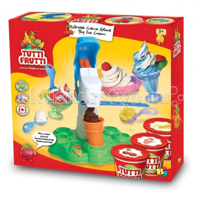 Bojeux (Bj) Набор Масса для лепки МороженноеНабор Масса для лепки МороженноеBojeux Набор Масса для лепки Мороженное  Набор Мороженное понравится любому ребёнку, который своими руками сможет создать  вкуснейшее прохладительное лакомство, которым она угостит понарошку своих любимых кукол.  В комплект входит нетоксичное солёное тесто, которое выполнено из качественных растительных ингредиентов с использованием пищевых ароматизаторов и красителей. Поэтому, если во время лепки, ребёнок проглотит немного теста, то не стоит паниковать, вред оно ему не нанесёт. А больше в рот он его не возьмёт, так как оно очень солёное и совершенно не вкусное.  Масса пластичная и мягкая, она хорошо удерживает форму и лепится, а также не липнет к рукам, поверхности рабочего стола, пола и одежды. Если тесто попало на ковер, например, то достаточно дождаться, когда оно высохнет, и оно легко снимется с ковра.  Если тесто немного подсохло, то обрызгайте его небольшим количеством воды, и его снова можно использовать.  В набор входит тесто разного цвета. Для создания новых цветов, достаточно смешать нужные цвета между собой и у вас готов новый оттенок.  Играя, ребёнок сможет развить усидчивость, воображение, внимательность, мелкую моторику пальцев, координацию движения рук.  Тесто выполнено из соли, воды и муки.  В комплекте: солёное тесто шприц ложка масса.  Набор рекомендован для детей с 3 лет.<br>