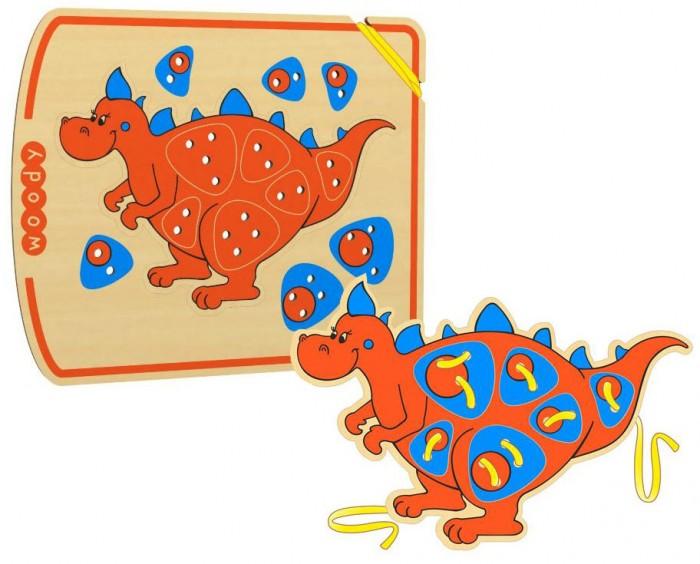 Деревянная игрушка Woody Шнурозаврик-2Шнурозаврик-2Woody Шнурозаврик-2 - это отличная развивающая игрушка, с которой ребенку будет интересно проводить время. Играя с ней, ребенок научится различным видам шнуровки, кроме того, будет развиваться моторика рук и зрительная память.   На картинке изображен милый динозаврик, который и будет привлекать внимание малыша.  Размер игрушки: 25х20 см<br>