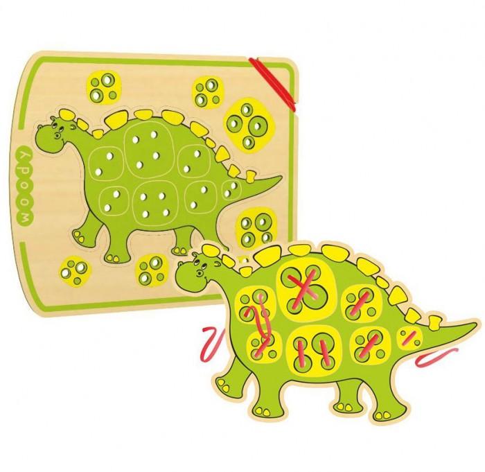Деревянная игрушка Woody Шнурозаврик-1Шнурозаврик-1Woody Шнурозаврик-1 - это отличная развивающая игрушка, с которой ребенку будет интересно проводить время. Играя с ней, ребенок научится различным видам шнуровки, кроме того, будет развиваться моторика рук и зрительная память.   На картинке изображен милый динозаврик, который и будет привлекать внимание малыша.  Размер игрушки: 25х20 см<br>