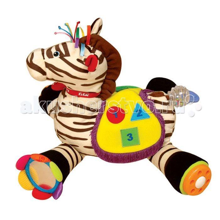 Развивающая игрушка KS Kids Райан 18Райан 18Мягкая Зебра Райан K`s Kids поможет развлечь и развить малыша множеством игровых элементов - это та игрушка, с которой малышу никогда не будет скучно. Забавный веселый зверек выполнен в ярких тонах, содержит в себе более 20 развивающих элементов, сделанных из разнофактурных материалов.   Особенности:   Хвостик зебры - погремушка, где в прозрачном рельефном корпусе звонко прыгают разноцветные горошины;  Копытце 1: цветок с безопасным зеркалом-сердцевиной, лепестки выполнены из разных типов ткани;  Копытце 2: крутящийся диск с отверстиями для пальчиков, при прокручивании – звук-треск, громкий и четкий;  Копытце 3: на ленточке висит пластиковая гитара - прорезыватель с рельефными поверхностями, есть и непрозрачный кармашек, куда она убирается;  Копытце 4: на шнурочке висит мордочка, есть прозрачный кармашек, но подвеска туда не входит, если её не сложить;  Челочка: атласные ленточки и шнурочки с узелками;  Грива: шуршащая ткань;  Ушки: шуршащая ткань;  Ошейник: мягкая бирка с надписью Райан;  Седло: с бахромой, крепится только посередине спины, с боков легко поднимается. С одной стороны – пищалка в форме дудки, крепится на шнурочке к кармашку из байковой ткани, можно положить в непрозрачный кармашек. С другой стороны седла нарисованы 3 геометрические фигуры (зеленый квадрат и цифра 1, красный круг и цифра 2, голубой треугольник и цифра 3).<br>