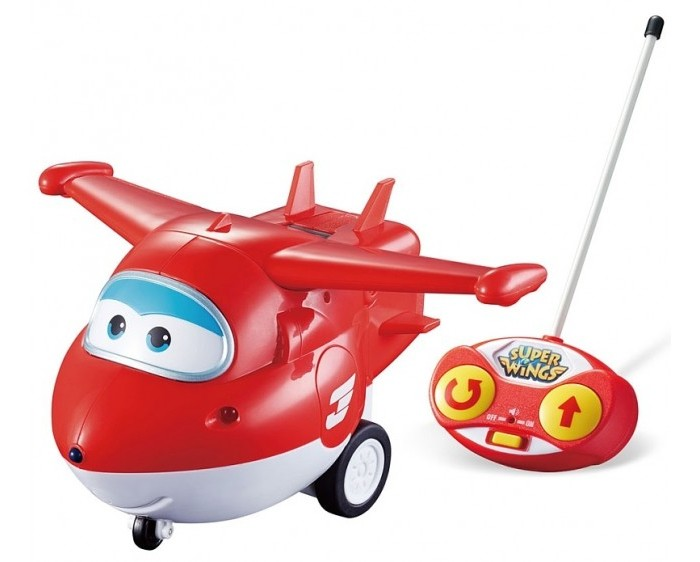 Super Wings Самолет Джетт на радиоуправленииСамолет Джетт на радиоуправленииСамолет Джетт на радиоуправлении  Хотя этот самолетик не умеет летать, но это не помешает детям придумать для него захватывающие приключения и на полу. Ведь кроха сам управляет действиями игрушки с помощью яркого пульта, и только от него зависит направление движения смелого самолетика. Световые и звуковые эффекты самолета добавят развлечению правдоподобности и поднимут настроение крохе.  Особенности:  Яркая игрушка выполнена в виде персонажа известного детского мультфильма «Супер Крылья». Герой может реалистично ездить по поверхности на своих маленьких колесиках, если ребёнок направит его в нужном направлении с помощью пульта из комплекта. На поверхности пульта радиоуправления предусмотрены яркие кнопочки для поворота и разворота игрушки. На корпусе игрушки есть световые индикаторы, которые в процессе игры реалистично светятся, а движение самолета сопровождают забавные звуковые эффекты. Пульт имеет миниатюрный размер, поэтому удобен в использовании и прекрасно подойдет для детских ладошек. Самолетик настолько похож на свой прототип, что дети не смогут удержаться и разыграют с его участием самые запоминающиеся моменты мультика. Благодаря увлекательным сюжетным играм с игрушкой дети значительно улучшат мелкую моторику рук и фантазию. А яркие насыщенные цвета самолетика благоприятно скажутся на цветовосприятии ребенка. Игрушка выполнена из ударопрочного пластика высокого качества, а окрашена стойкими и нетоксичными красителями, которые долгое время остаются на поверхности изделия.<br>