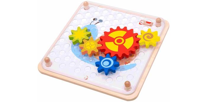 Деревянная игрушка Classic World Мозаика Шустрые шестерёнкиМозаика Шустрые шестерёнкиМозаика-конструктор Шустрые шестерёнки позволит открыть ребенку удивительный и загадочный мир механизмов-шестерёнок.   Эта креативная игра для самых маленьких позволит понять принцип работы шестеренок, поможет выучить 7 основных цветов, а так же способствует развитию логики и причинно-следственных связей.  Мозаика изготовлена из экологически чистого дерева и окрашена безопасными для здоровья ребенка красками.<br>