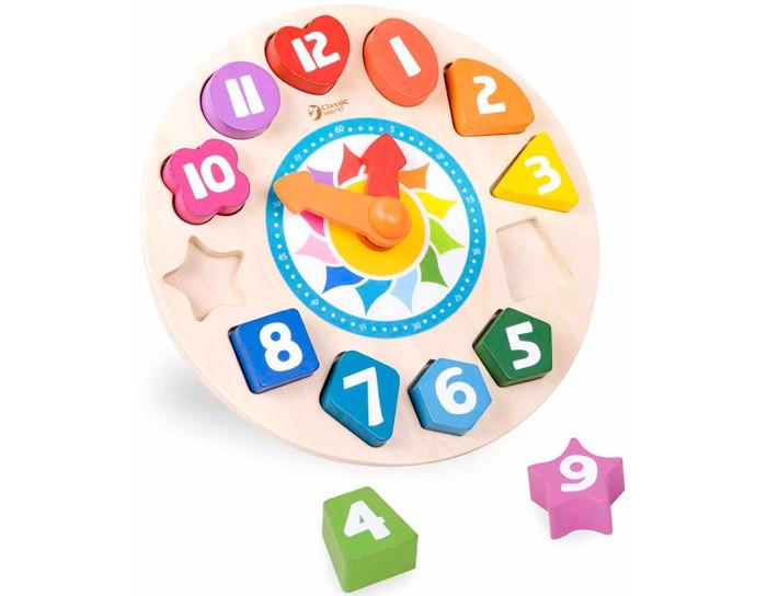 Classic World Сортер Часы Тик-ТакСортер Часы Тик-ТакЧасы Тик-Так это мультифункциональный игровой центр четыре в одном, помогающий  познакомить ребенка со временем, фигурами, цифрами и цветом.   В простой игровой форме ребёнок сможет изучить часы и минуты, получив своё первое представление о времени.   Сортер изготовлен из экологически чистого дерева с использованием красок, безопасных для здоровья ребенка.<br>