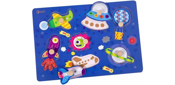 Classic World Развивающий пазл Космическое путешествиеРазвивающий пазл Космическое путешествиеКосмическое путешествие это простой и понятный пазл-сортер для самых маленьких и не только.  Пазл-сортер познакомит ребенка с захватывающим миром космоса, в котором планеты и летательные аппараты как на ладони.   Играя с этой игрой ребенку нужно будет расставить на игровом поле фигурки по силуэтам, одновременно в ненавязчивой игровой форме развивая логику, пространственное мышление и внимательность.   Игра изготовлена из экологически чистого дерева с использованием красок, безопасных для здоровья ребенка.<br>