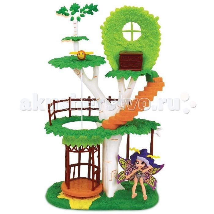 Fairykins Игровой набор - Фея Вольтесса и Домик-деревоИгровой набор - Фея Вольтесса и Домик-деревоИгровой набор FairyKins Фея Вольиесса и Домик-дерево от - это сказочное жилище юных эльфов. Набор включает в себя фигурки волшебных героев и дерево, на котором они живут. Ребенку понравится такой набор: на необычном, нереальной красоты дереве есть лифт, на котором можно спускать и поднимать фигурки, а также ступеньки на спиральной лестнице. Теперь малыш может вволю применять свою богатую фантазию, придумывать сказрчные истории и разыгрывать сюжеты для этих персонажей. Игрушки данного набора исполнены в превосходном качестве, у каждой из фигурок эльфов двигаются конечности и голова.  Комплектация набора:   Фея Вольтесса; Сказочный 3х уровневый домик-дерево (с винтовой лестницей, поднимающимся лифтом и качающимися качелями). Аксессуары;  Основные характеристики:  Размер упаковки: 20.3 х 11.4 х 34,3 см Высота фигурки: 9 см<br>