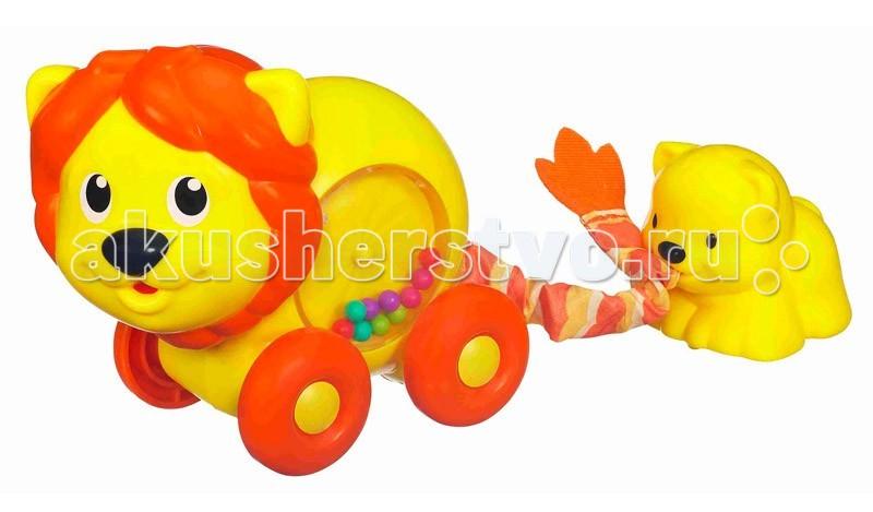 Развивающая игрушка Playskool Hasbro Львица с львенкомHasbro Львица с львенкомРазвивающая игрушка Львица с львенком Hasboro прекрасная игра для детишек! Оттяни веревочку с маленьким львенком назад, и он вернется к маме!   А в это время шарики внутри животика львицы будут вращаться. С функцией TRY ME!<br>