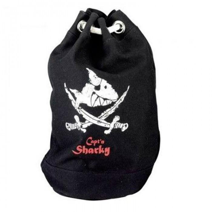 Spiegelburg Морской рюкзак Captn Sharky 30235Морской рюкзак Captn Sharky 30235Компактный рюкзак Capt'n Sharky для маленьких пиратов! Функциональный, вместительный имеет одно главное отделение и внешний карман на молнии. Украшен принтом в виде пиратской символики.   Основные характеристики:  Размер: 22 х 38 см<br>