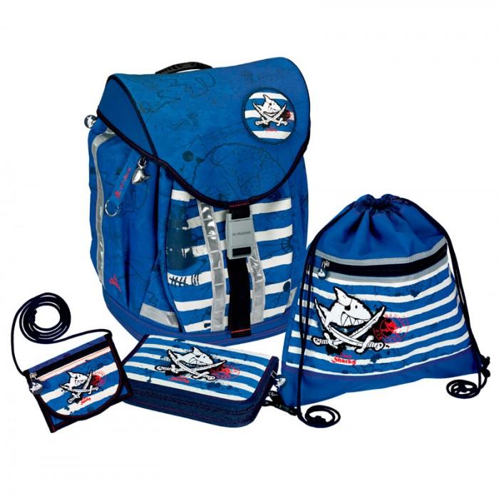Spiegelburg Школьный рюкзак Captn Sharky Flex Style с наполнением 10600Школьный рюкзак Captn Sharky Flex Style с наполнением 10600Школьный рюкзак Captn Sharky Flex Style с наполнением, для начальной школы - это настоящая находка для родителей! Изготовлен из прочного материала с водоотталкивающей пропиткой, пластиковое дно защищает от повреждений и делает его более устойчивым. Особенность его в 3-ступенчатой регулировка (S, M, L) для индивидуальной адаптации по длине.  В комплекте:   Пенал с наполнением Lyra Osiris; Мешок для обуви; Кошелек на шнурке; Дорожная книга для детей; Расписание занятий;  Прозрачный силиконовый чехол для пропуска на карабине.  Основные характеристики:   Размер: 28 х 38 х 20 см Объем: 18 л Вес: 2,060 г<br>
