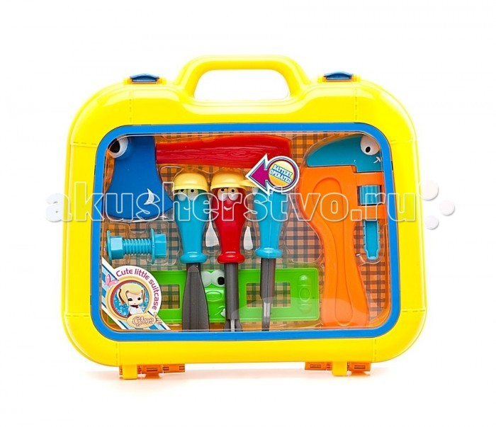 Shantou Gepai Набор инструментов в чемодане, 7 предметовНабор инструментов в чемодане, 7 предметовНабор инструментов состоит из 7 предметов, упакован в  прозрачный чемоданчик, который так удобно носить с собой и хранить в нем инструменты.  Отлично подойдет для сюжетно -ролевых игр. Во время игры ребенок учится базовым профессиональным навыкам.  Сюжетно-ролевая игра поможет развить многие полезные навыки, в том числе, учит терпению и отзывчивости.<br>