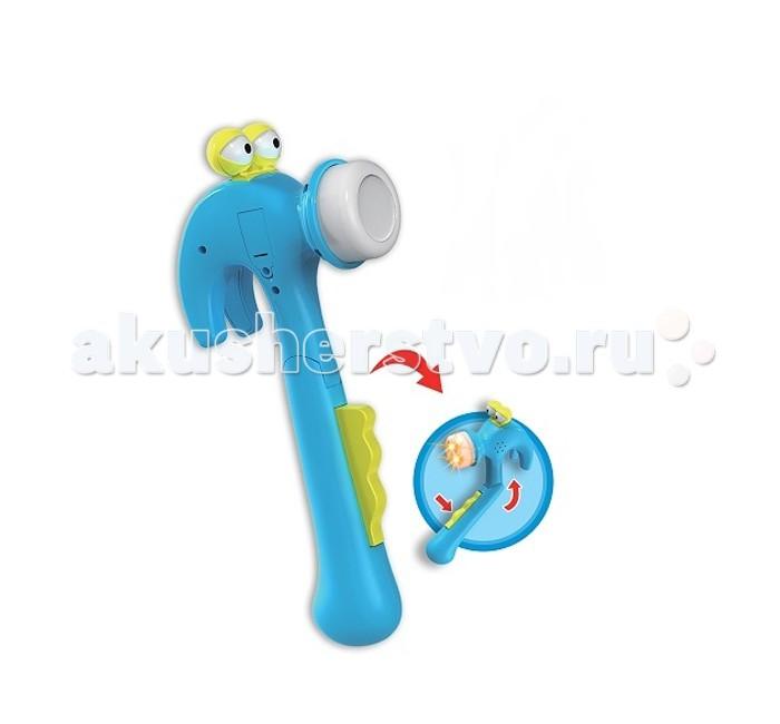 Музыкальная игрушка Shantou Gepai Инструменты эл. Кузя Молотков МолотокИнструменты эл. Кузя Молотков МолотокМузыкальная игрушка Shantou Gepai Инструменты эл. Кузя Молотков Молоток. Кузей Молотковым зовут игрушечный молоточек, который понравится любому малышу.  Если нажать на кнопочку, то молоточек закивает головой, а носик у молотка засветится. Игрушка пропоет песенку и произнесет забавные фразы.   Работает от 3 батареек LR44 (идут в комплекте).  Длина игрушки: 25,5 см<br>