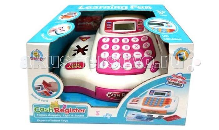 Shantou Gepai Электронная КассаЭлектронная КассаShantou Gepai Электронная Касса.  - имитация магазина для девочек. Игрушка развивает внимание, интерес к работе, увлекательная игра окунет вашу малышку в мир фантазии.   Касса работает по принципу калькулятора: на ней можно складывать, вычитать, умножать и делить. Во время нажимания кнопок слышится звук пип. Касса также оснащена сканером, который тоже пикает и подсвечивается, если нажать на кнопочку, и считывателем магнитных карт.  Ящичек для денег выдвигается после нажатия кнопки Cash.  в комплекте: касса монеты купюры карточка. Для работы игрушки необходимы 3 батарейки АА (в комплект не входят).<br>