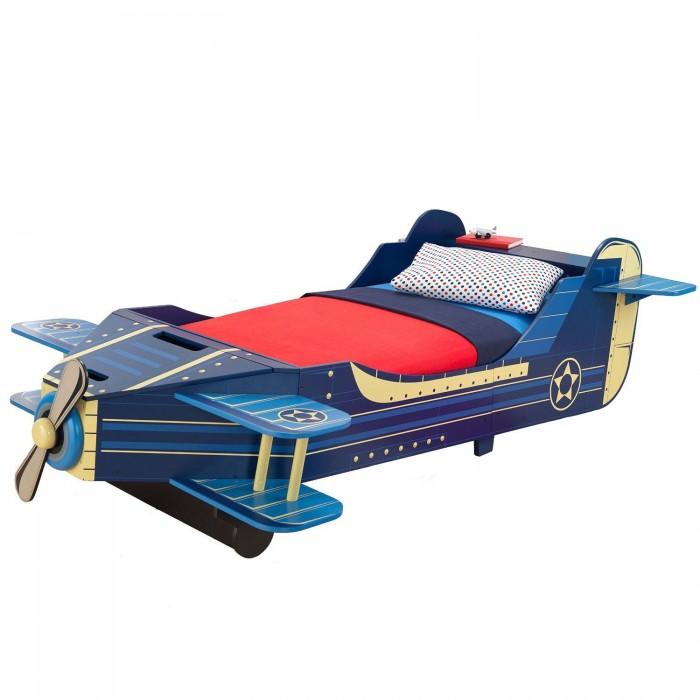 Детская кроватка KidKraft СамолетСамолетKidKraft Детская кровать Самолет.  Детская кровать Kidkraft Самолет выполнена в оригинальном дизайне и дополнена элементами декора. Она устойчиво стоит на ножках и оборудована защитными бортами, которые предотвратят выпадение ребенка во время сна. В нашем магазине Вы можете купить кровать Kidkraft Принцесса и подарить своему ребенку шикарное спальное место.  Характеристики детской кровати Kidkraft Самолет: Детская кровать выполнена в оригинальном дизайне, который дополнен элементами декора, и идеально подходит для мальчиков от 3-х лет Кроватка достаточно низкая, что позволяет ребенку самостоятельно взбираться на нее Оборудована бортами с 2-х сторон, которые надежно защитят ребенка от выпадения во время сна Кровать устойчиво стоит на ножках Матрац, постельные принадлежности и подушки в комплект не входят.<br>