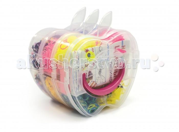 Happy Loom Набор для творчества - Цветные резиночки Яблоко 01784Набор для творчества - Цветные резиночки Яблоко 01784Цветные резиночки Happy Loom - это веселое развлечение для детей и взрослых! Они помогут создать неповторимые браслеты, которые отлично дополнят твою коллекцию модных аксессуаров!  Комплектация набора:  2800 резиночек; Станок-рогатка для плетения; 2 пластиковых крючка; Замочки; Подвески; Инструкция по плетению.<br>