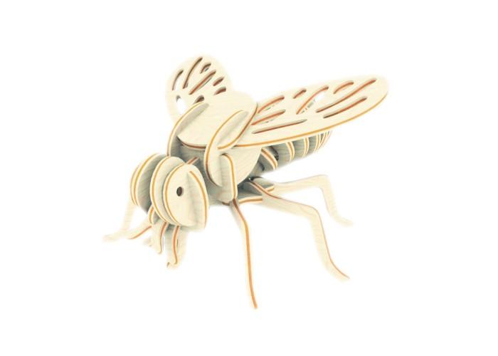 Конструктор МДИ ОсаОсаМДИ Оса Е003                       Этот набор относится к серии Насекомые от торговой марки Мир деревянных игрушек. Ребенку предлагается собрать объемную модель одного из представителей летающих насекомых - осу. Перед тем как приступить к работе, желательно прочитать инструкцию. Все детали изготовлены из дерева и тщательно отшлифованы, что предотвращает возможность получения травм в виде порезов, заноз и царапин. Получившуюся в результате работы модель по желанию можно раскрасить красками и покрыть лаком (в комплект не входят).  Такой увлекательный вид творчества дает возможность познакомиться с основами конструирования и способствует развитию таких важных качеств, как усидчивость, аккуратность и абстрактное мышление.<br>