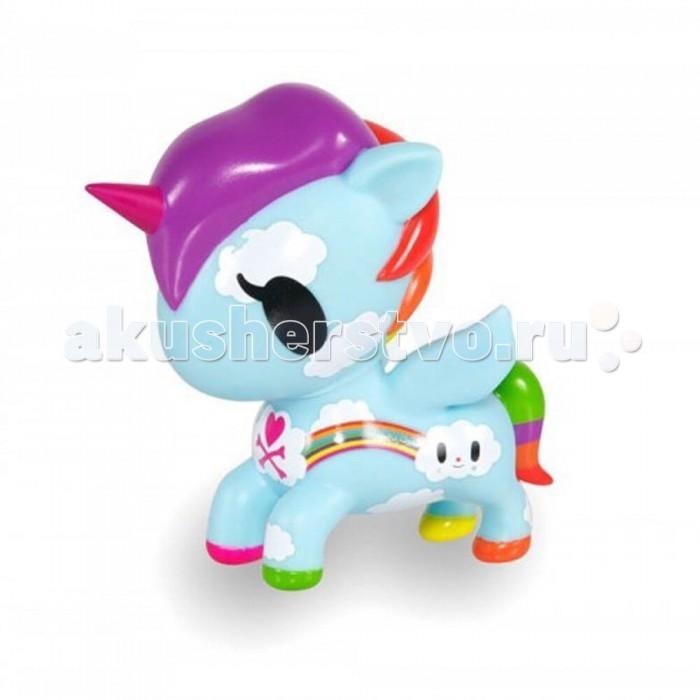 Tokidoki Коллекционная виниловая игрушка Unicorno PixieКоллекционная виниловая игрушка Unicorno PixieTokidoki Коллекционная виниловая игрушка Unicorno Pixie приглашает вас полетать прямо сейчас, радуя зрителей своими рисунками. Она просто ослепляет разными цветами пышной гривы, хвоста, копыт. Эта забавная игрушка готова раскрасить вашу реальность всевозможными оттенками волшебной пыльцы!  Эта единорожка с сюрреалистичными изгибами отличается изящным рисунком яркой радуги и невесомых облаков по всему телу.  Смешная и чудесная виниловая игрушка прекрасно подойдет поклонникам Уникорно и просто коллекционерам.  Коллекционные игрушки Пикси Уникорно Токидоки - убедительное подтверждение существования единорогов!   Высота 13 см<br>