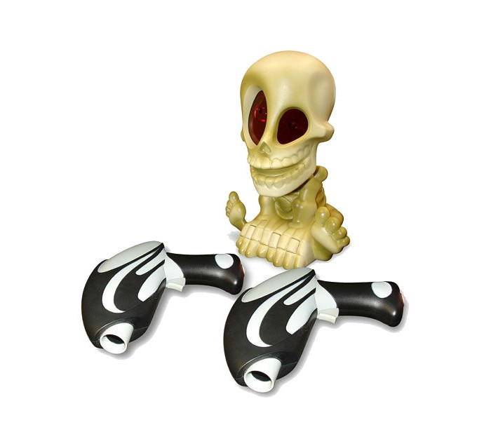 Интерактивная игрушка Johnny the Skull Тир проекционный с 2-мя бластерами