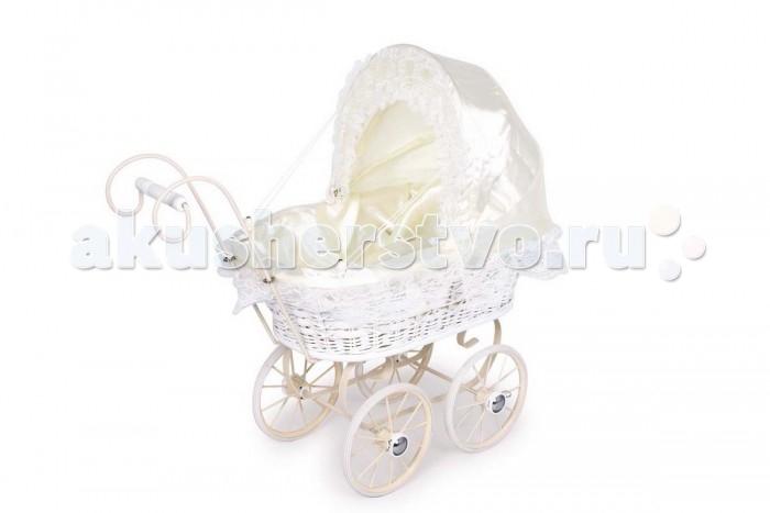 Коляска для куклы ASI плетеная из роттанга 6746плетеная из роттанга 6746Small foot Коляска плетеная из роттанга (ручное плетение) 6746  Белоснежная коляска с кружевной отделкой ручной работы, выполнена из роттанга,прочный металлический каркас,  колеса имеют резиновое покрытие для плавного и тихого хода.   Коляски для кукол — непременный атрибут игры в дочки-матери.Играя в сюжетно-ролевые игры, дети создают вымышленный мир, инсценируя повседневную жизнь с ее разными взаимоотношениями, проявляют заботу о ком-то или осознают ответственность за кого-либо, развивают воображение.  Изготовлена из высококачественной материалов трижды тестирована в соответствии с нормативами и Европейскими стандартами.<br>